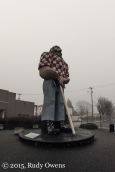 Paul Buynyan Statue Photo