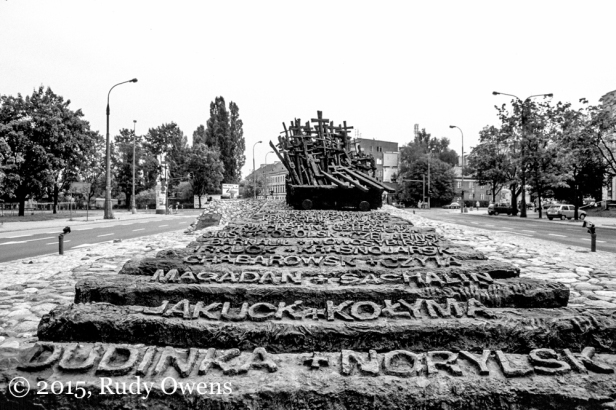 Monument to the Fallen and Murdered in the East