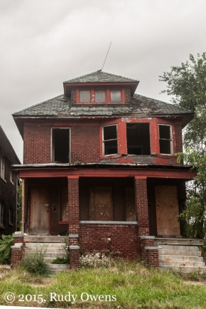 Abandoned Duplex, East Detroit