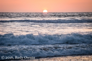 I caught this beautiful sunset at Moonlight Beach, in beautiful Encinitas.