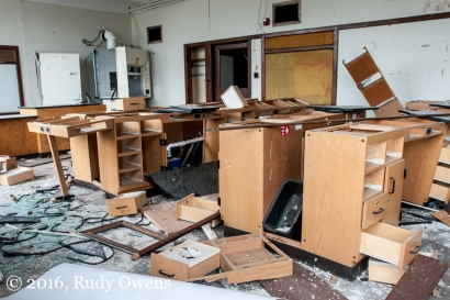 This newly updated science lab was left to the scrappers and criminals who have completely destroyed the school without any interference from the Detroit Public Schools.