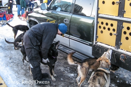 Musher and Team, Iditarod 2007
