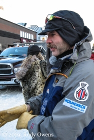 Norwegian musher and two-time Iditarod champion Robert Sørlie at the ceremonial start